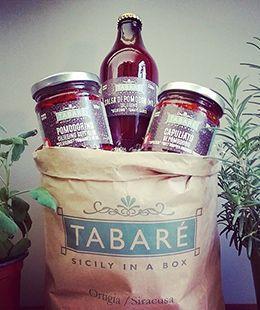 All the taste of Sicilian Tomatoes in a paper bag: Capuliato, tomato sauce and Sundried Tomatoes in Olive oil. #tabarè #sicily #ortigia #food #sicilianfood #gourmet #foodie #foodporn #tomato #tomatoes #capuliato #aperitiv #aperitivo #ideas #sauce #sundriedtomatoes #sicilia #pomodorino #pomodori #pomme
