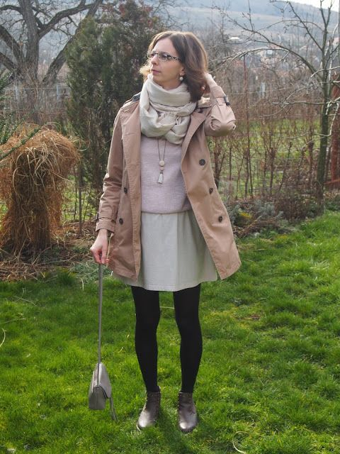 beige and rose spring outfit