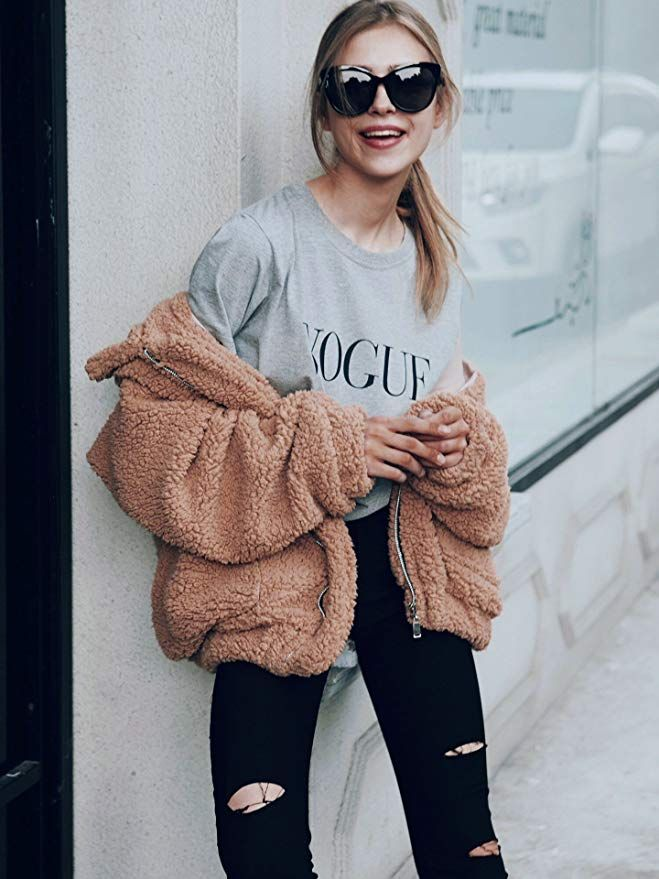 c4b128619 PRETTYGARDEN Women's Fashion Long Sleeve Lapel Zip Up Faux Shearling Shaggy  Oversized Coat Jacket with Pockets Warm Winter at Amazon Women's Coats Shop