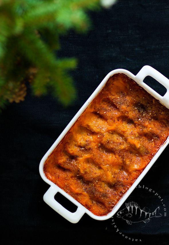 Vatsasekaisin Kilinkolin -ruokablogi: LUUKKU 19: BATAATTILAATIKKO