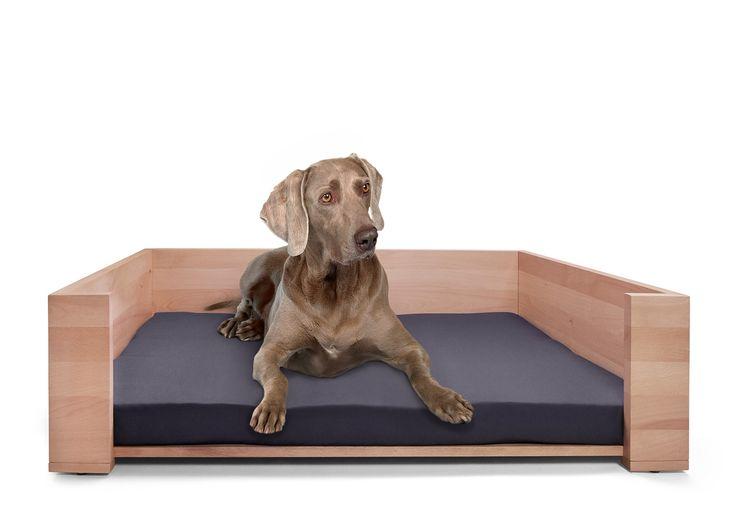 Exklusives Hundebett Rhea aus Buchenholz im NATUREHOME Sortiment | NATUREHOME