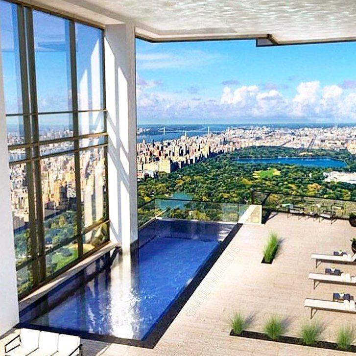 Top floor lifestyle 🤑 Follow @michael_louis_ for more & visit MichaelLouis.com #ModernMansions