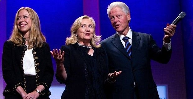 """WOMAN TO HILLARY: YOU SAY RAPE ACCUSERS SHOULD BE BELIEVED, WHAT ABOUT YOUR HUSBAND'S? """"Would you say that about Juanita Broaddrick, Kathleen Willey, and/or Paula Jones?"""""""