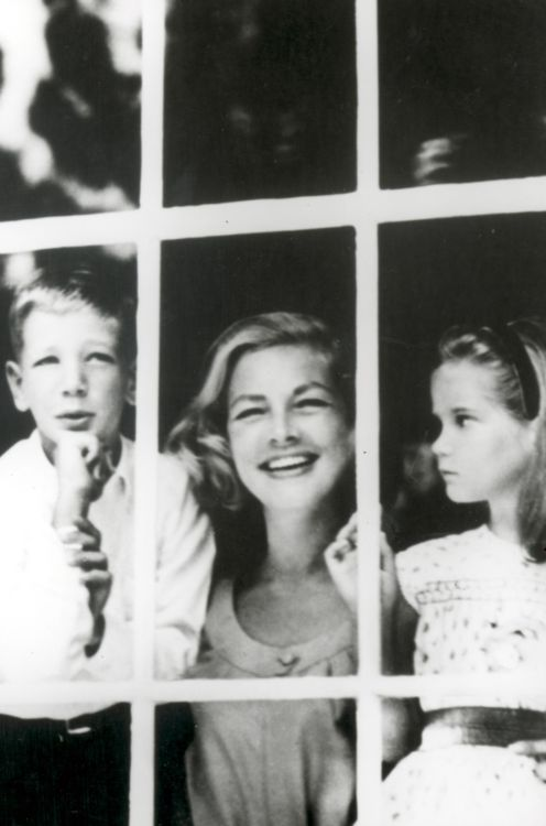 Love this! Lauren Bacall with her children Stephen and Leslie Bogart.