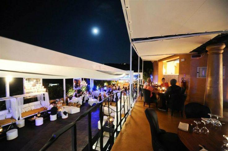 Nightlife in Sardinia, Italy http://www.hotelsinsardinia.org/holidays/nightlife/jet-set/