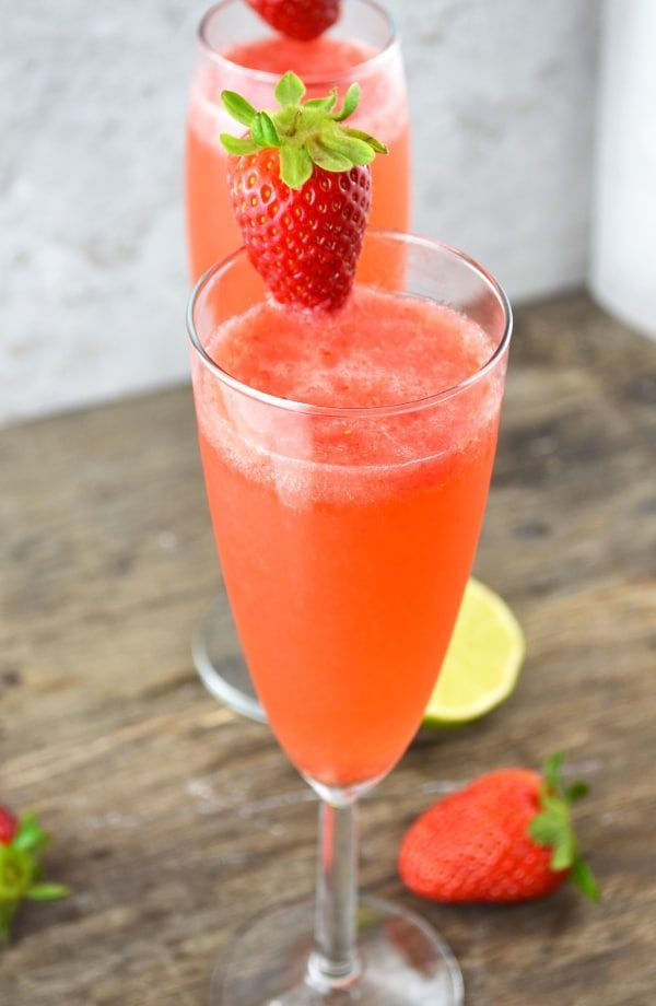 These delicious strawberry bellini are a refreshing Prosecco cocktail made with fresh strawberries and zesty lime juice.