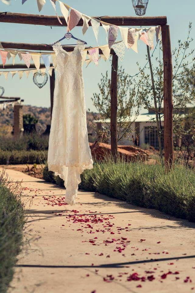 Wedding dress at Casa-lee Country Lodge www.casa-lee.co.za Ett Venter photography.