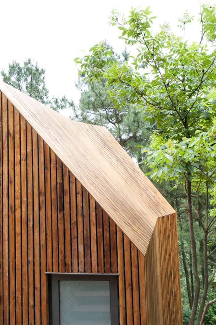 Detail of wooden Spa house between bamboo woods, Garden Valley - Mei Jie Mountain Hotspring resort in Liyang, China. by AchterboschZantman architecten #treehouse #bamboo #forest