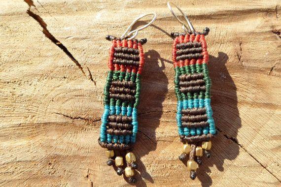handmade macrame earrings with bronze beads by ARTEAMANOetsy