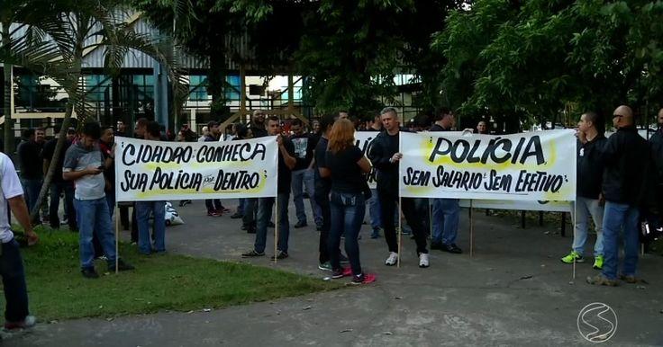 Protesto reúne policiais e bombeiros em Volta Redonda, RJ