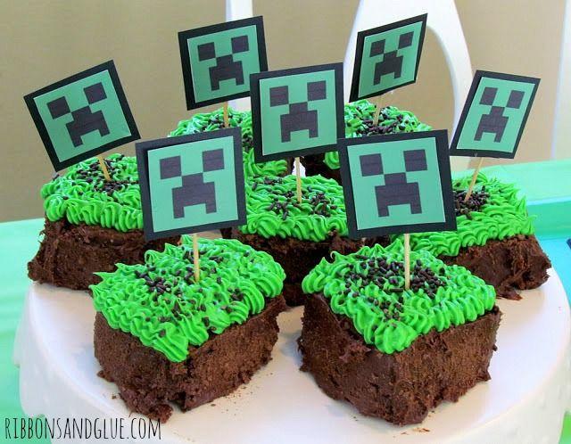 Minecraft Party Creeper Cupcakes {ribbonsandglue,com}