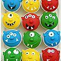 Voici des muffins monstres mais qui ne sont pas effrayants! Au contraire ils sont rigolos et ont été réalisés par mon grand loulou! Il...