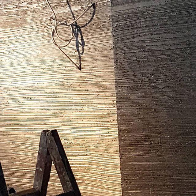 #architects #architectures #modernarchitecture #mimarlikveicmimarlik #architizer  #architecturephotography #mimar #dekoratifboyama #desenho #desenhos #italyanboya #icmekan #tasarim #dekoratifboya #boya #architecture #italianpaint #arkitera #architecturelovers #buildings #building #ic_architecture #arquitectura #architectura #architectural #instadesing #sutunlar #dekorasyon #interior
