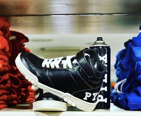 PYREX #new #collection #pyrex #pyrexoriginal #fallwinter16 #winterstyle #nothingbetter #streetstyle #sneakers #godsavethestreet
