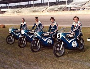 The 1973 Suzuki factory team for Daytona: (l-r) Geoff Perry, Ron Grant, Don Emde and Paul Smart. This photo was taken before practice started and everyone was in a pretty good mood at this point.jpg (480×372)