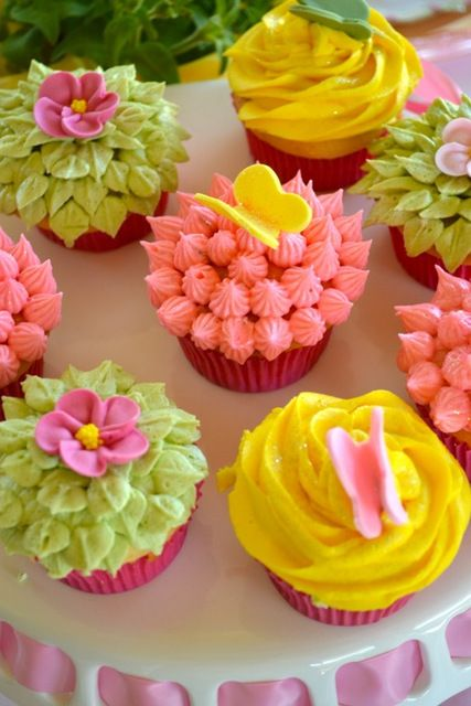 lovely Easter cupcakes