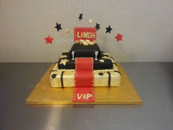 Red Carpet Cake Images : Hollywood style red carpet cake r?d l?per party ...
