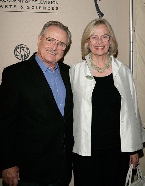 """Bonnie Bartlett and William Daniels - They got married on """"Boy Meets World,"""" but have actually been married since 1951!  :D"""