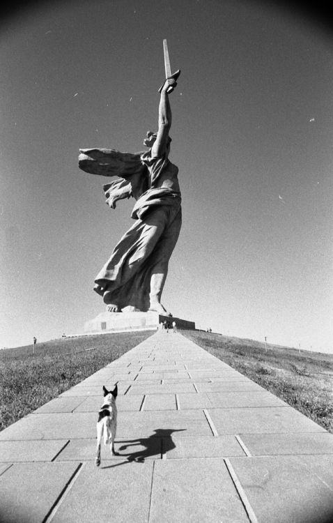 Russia, Volgograd (Stalingrad), Battle of Stalingrad monument, 1967  Designers: Yevgeny Vuchetich and Nikolai Nikitin