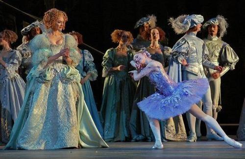 Marianela Nunez as The Lilac Fairy: Sleeping Beauty, Marianela Nunez, Dance Forever, Ballerina Profile, Ballet Costumes, Theatre People, Contemporary Ballet