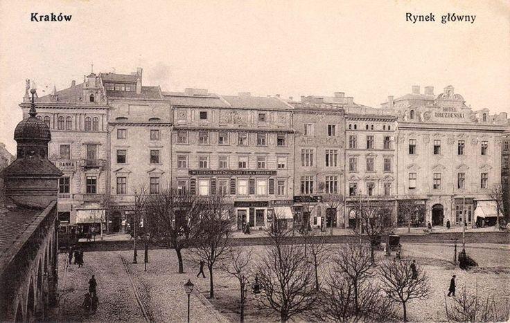 Rynek Główny na pięknej, rzadkiej pocztówce z 1910 roku. Fotografia wykonana z Sukiennic