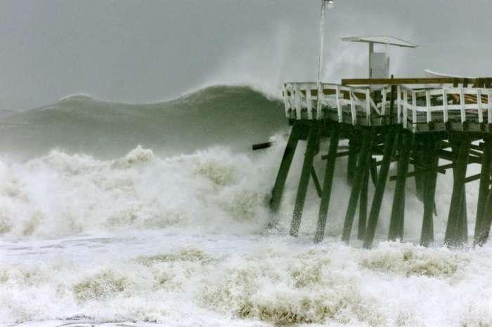 Hurricane Floyd | HSTRY
