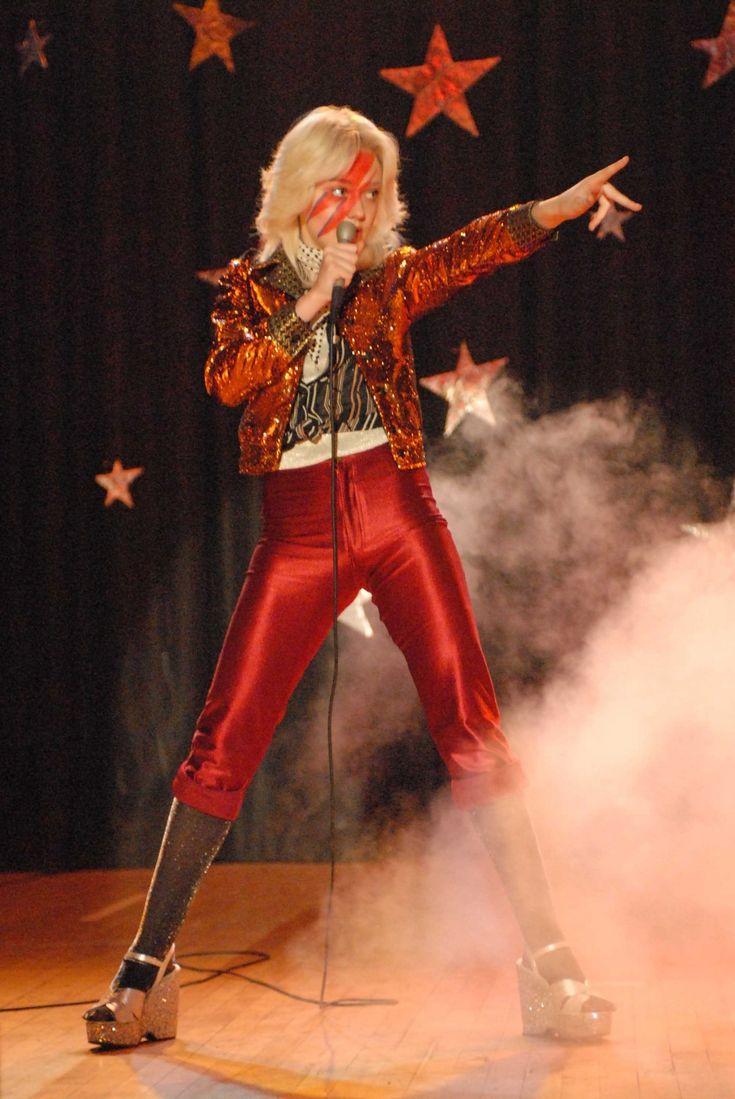 how to make a ziggy stardust costume