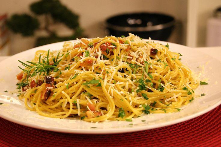 Espaguete a Carbonara   Receitas   Dia Dia