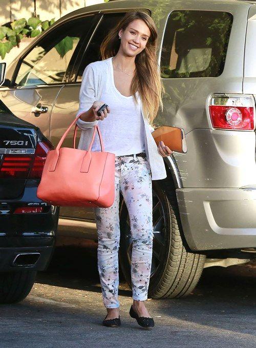 Jessica Alba is so naturally gorgeous