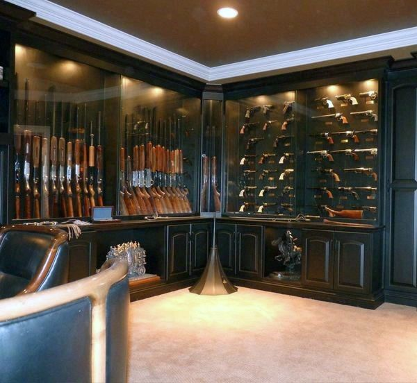 Best 25 gun rooms ideas on pinterest for Gun room design