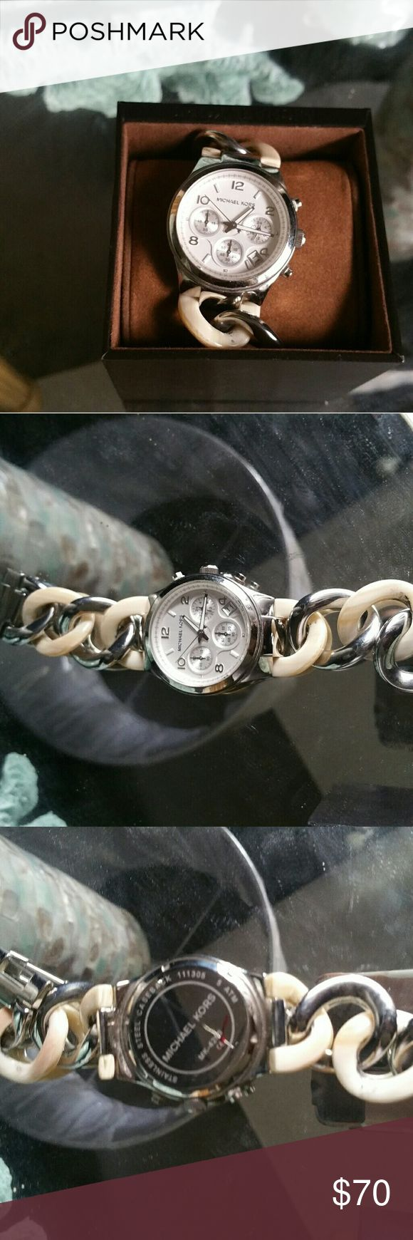 Authentic Michael Kors Watch Michael Kors watch bracelet style. Needs battery. Michael Kors Accessories Watches