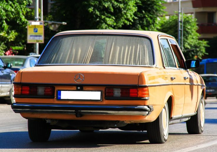 Mercedes Benz 200 D / E Class / W123 by ErdemDeniz.deviantart.com on @DeviantArt
