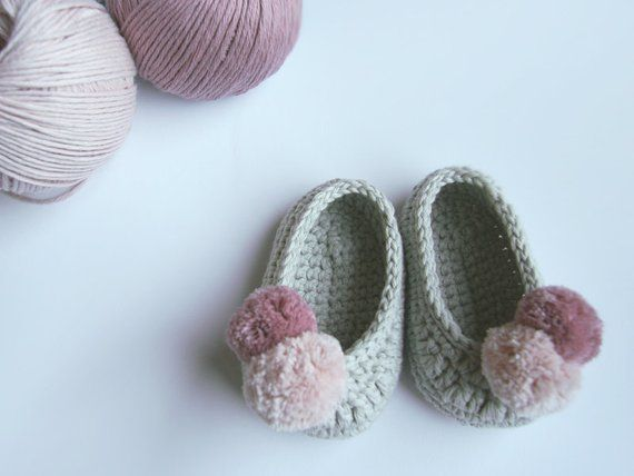 99e9eb6993909 Slippers. Crochet baby shoes. Mary Jane shoes. Baby girl crochet ...