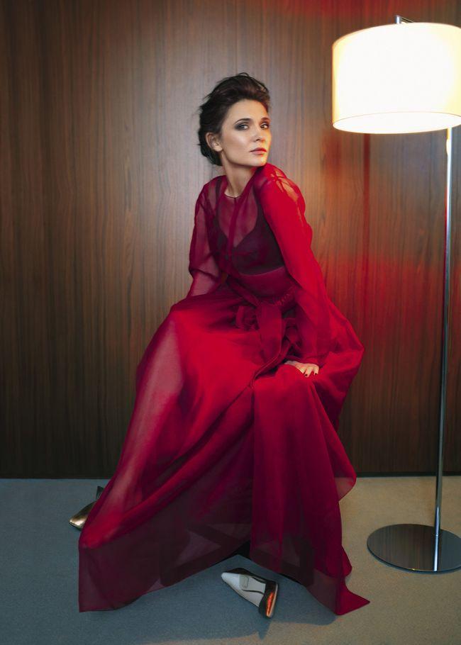 Бюстье из вискозы и кружева, платье из шелка, все – Lozneva