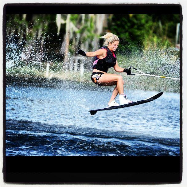 Fucking and water skiing girls — photo 7