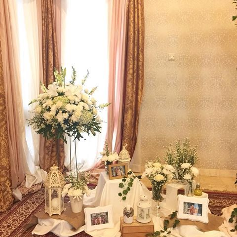 Foto dekorasi & lighting pernikahan oleh Parsigna Party Designer