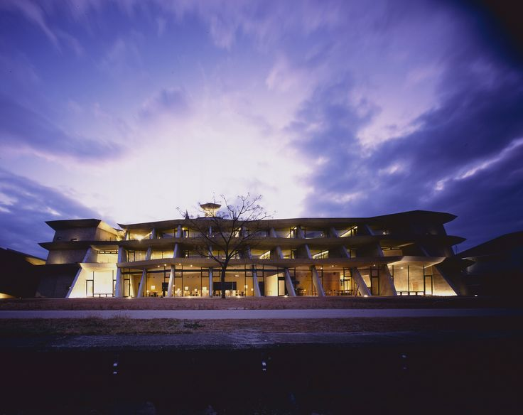 Hotel de Ecotono en Biwako - Sonido del Viento / Ryuichi Ashizawa Architects