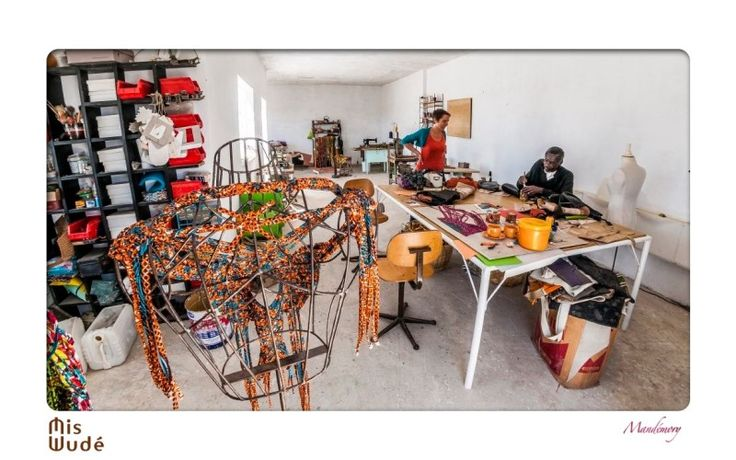 Bienvenue dans l'atelier Mis Wude!  Portraits des créateurs Cécile et Mbor Ndiaye, par le photographe Mandemory .