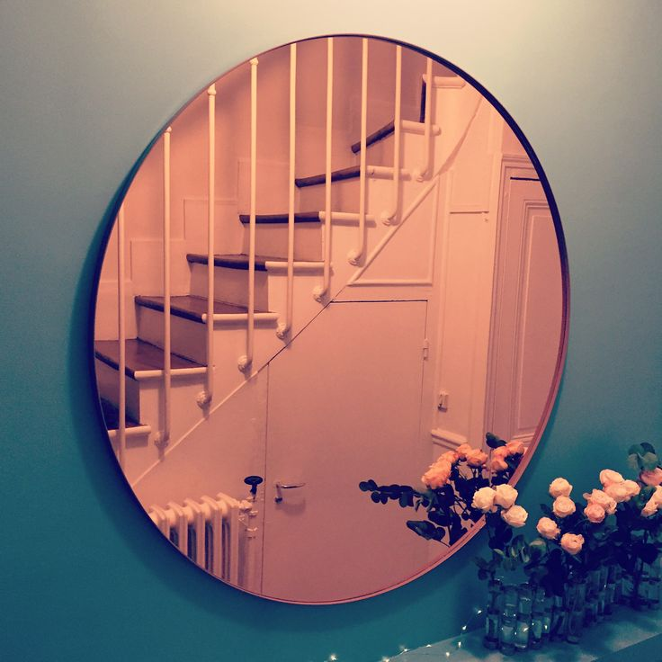 Pink Mirror AYTM design - Nordic design - Photo by Flora Carreno