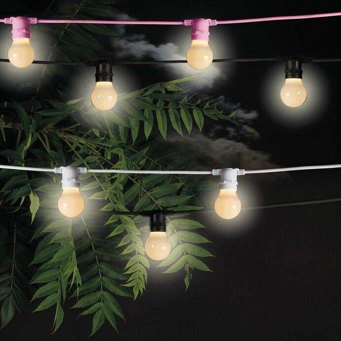 Und, wo hängen Sie diese Lichterkette Bella Vista von Seletti auf? Entlang den Zaun? Oder an einem Baum? Simples Kabel mit 10 coole Glühbirnen für eine gemü