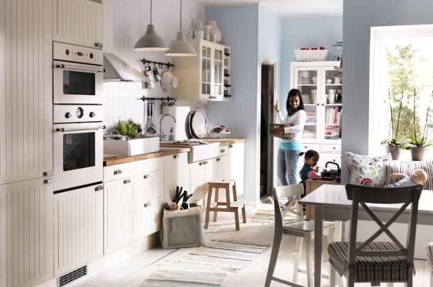Landelijke keukens   Moderne, landelijke keuken van Ikea. Door Karin