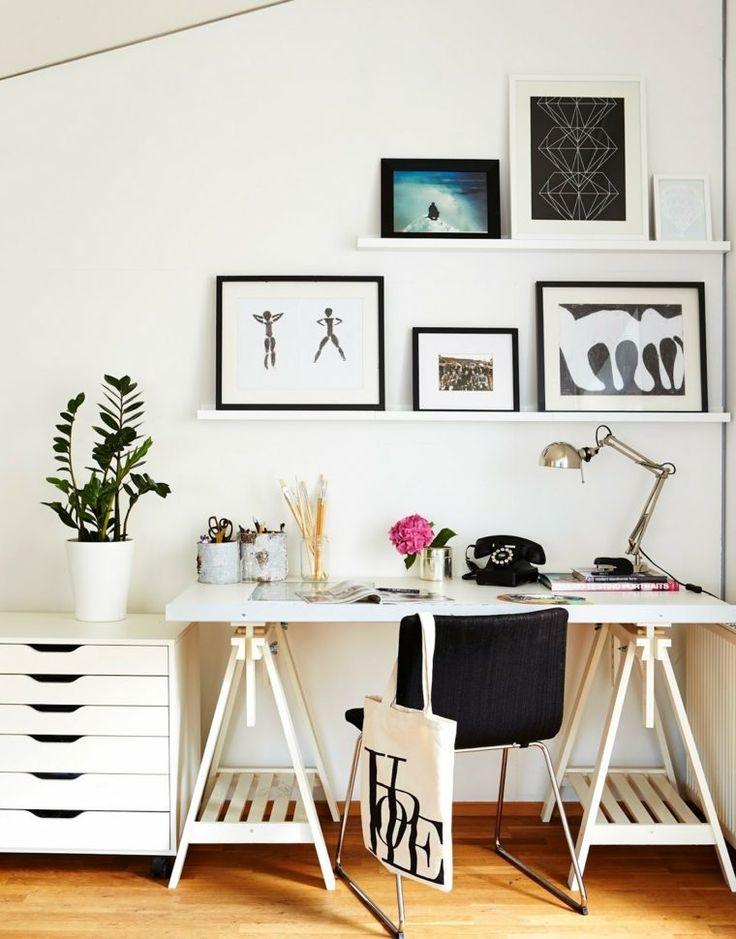 bureau scandinave pour maison avec design blanc