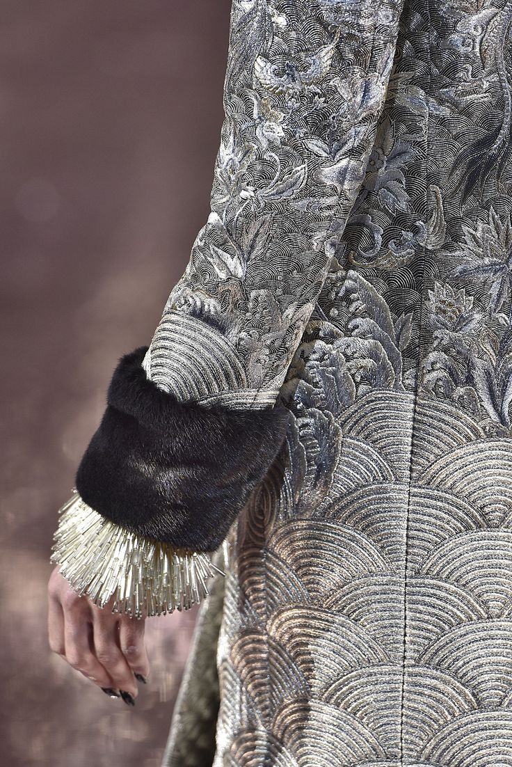 Guo Pei, Paris.  #fur #fashion #hautecouture #AW16