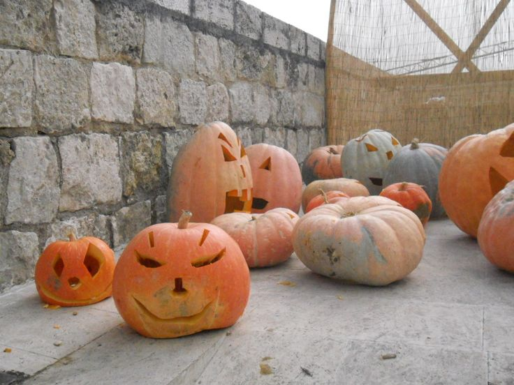 Halloween tante idee per intagliare le zucche