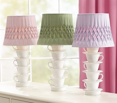 The Thriftress: Teacup Lamp