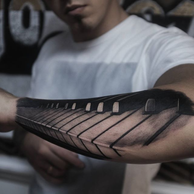 Tatto Realistic Piano #tattoo