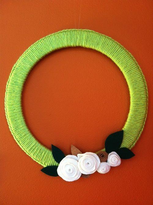 Crochet edge and felt rose wreath from Craftlog.