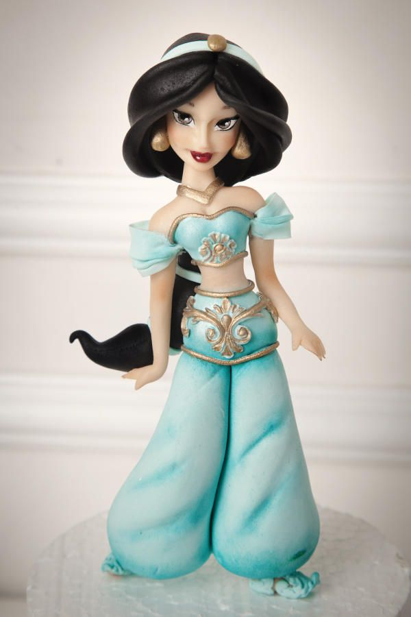 Jasmine & Aladdin ⚜ themed cake topper