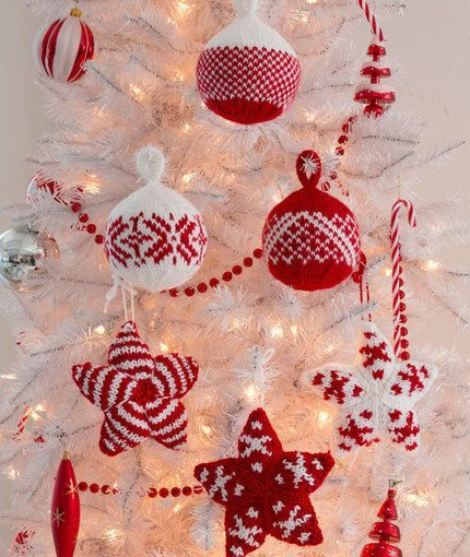 Holiday Stars and Balls Ornaments Free Christmas Knitting Pattern from Red Heart Yarns #Knitting