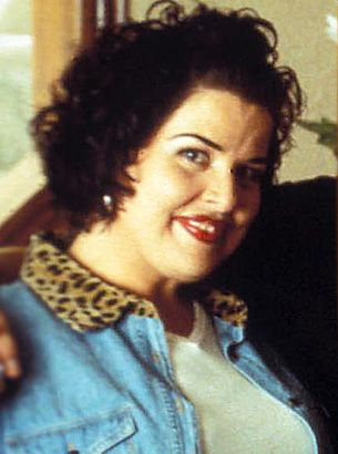 selena the movie with cast | Then: Jackie Guerra as Suzette Quintanilla in Selena - Snakkle